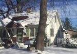 Foreclosed Home en W MEDFORD AVE, Milwaukee, WI - 53218
