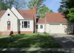 Foreclosed Home en AVALON DR, Bedford, OH - 44146