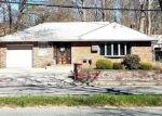 Foreclosed Home en NEW YORK AVE, Huntington Station, NY - 11746
