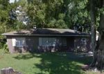 Foreclosed Home en KING ALFRED DR, Tampa, FL - 33610