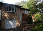Foreclosed Home en DALE LN, Hauppauge, NY - 11788