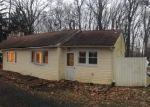 Foreclosed Home en BUCK RD, Feasterville Trevose, PA - 19053