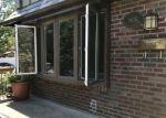 Foreclosed Home en NARRAGANSETT AVE, Bronx, NY - 10461