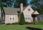 Foreclosed Home en ROCKFERN AVE, Elyria, OH - 44035