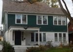Foreclosed Home en CEDARBROOK RD, Cleveland, OH - 44118