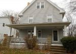 Foreclosed Home en WOODROW AVE, Bedford, OH - 44146