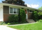 Foreclosed Home en WESTVIEW RD, Bedford, OH - 44146