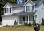 Foreclosed Home en ALEXIS DR, Elyria, OH - 44035