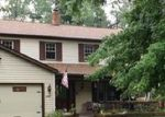 Foreclosed Home en WOODSIDE DR, North Olmsted, OH - 44070