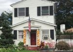 Foreclosed Home en ROSE ST, Hauppauge, NY - 11788
