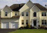 Foreclosed Home en MAPLE GLEN CIR, Schwenksville, PA - 19473