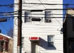 Foreclosed Home en WATERBURY AVE, Bronx, NY - 10461