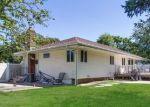 Foreclosed Home en SELEY CROSS, Islip Terrace, NY - 11752