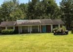 Foreclosed Home en CODY TAYLOR LN, Bonifay, FL - 32425