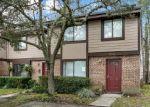 Foreclosed Home en PRESTWICK CIR S, Jacksonville, FL - 32244