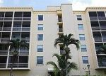 Foreclosed Home en NE 163RD ST, North Miami Beach, FL - 33160