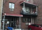 Foreclosed Home en E 214TH ST, Bronx, NY - 10467