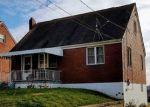 Foreclosed Home en SCENE RIDGE RD, Mckeesport, PA - 15133
