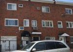 Foreclosed Home en BARNES AVE, Bronx, NY - 10462