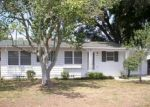 Foreclosed Home en SHORE ACRES DR, Lakeland, FL - 33801