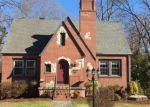 Foreclosed Home en IRISH ST, South Boston, VA - 24592