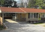 Foreclosed Home en CREST VIEW RD, Rocky Mount, VA - 24151