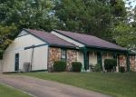 Foreclosed Home in BREEZEWOOD CV, Jackson, TN - 38305