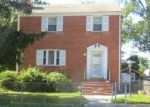 Foreclosed Home en GAYLORD DR, Suitland, MD - 20746