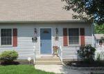 Foreclosed Home en DEHAVEN AVE, Langhorne, PA - 19047