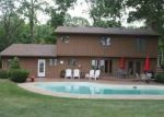 Foreclosed Home in E WILDWOOD DR, Warsaw, IN - 46580
