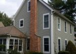 Foreclosed Home en BATES ROCK RD, Southbury, CT - 06488