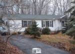 Foreclosed Home en HEMLOCK RD, Mount Pocono, PA - 18344