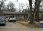 Foreclosed Home en NW WINTER AVE, Kansas City, MO - 64152