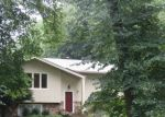 Foreclosed Home en WOODEDGE RD, Mound, MN - 55364