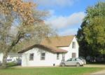 Foreclosed Home en N DAYTON AVE, Parkers Prairie, MN - 56361