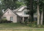 Foreclosed Home en ORCHARD LAKE RD, Holland, OH - 43528