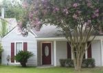 Foreclosed Home in STONEY CREEK AVE, Baton Rouge, LA - 70808
