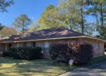 Foreclosed Home in BELLGLADE DR, Baton Rouge, LA - 70815