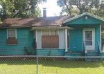 Foreclosed Home en WESTBROOK CIR E, Jacksonville, FL - 32209