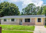Foreclosed Home en ENCHANTED DR, Jacksonville, FL - 32244
