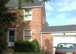 Foreclosed Home en S WOLF RD, Des Plaines, IL - 60016