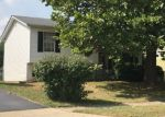 Foreclosed Home en UPWOODS DR, Columbus, OH - 43228