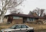 Foreclosed Home en W WILLAMETTE AVE, Kennewick, WA - 99336