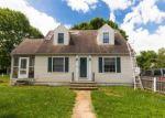 Foreclosed Home en HILLCREST DR, Fredericksburg, VA - 22401