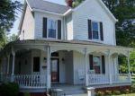 Foreclosed Home en E IRVIN ST, Blackstone, VA - 23824