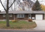 Foreclosed Home en THRESHER DR, Dell Rapids, SD - 57022