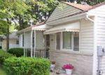 Foreclosed Home en OAKLAND DR, Portage, MI - 49024