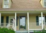 Foreclosed Home en SLEDDS LAKE RD, Mechanicsville, VA - 23111