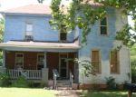 Foreclosed Home in N JACKSON ST, Palestine, TX - 75801