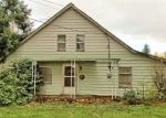 Foreclosed Home en 122ND AVE E, Puyallup, WA - 98374